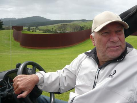 Alan Gibbs (2009), Gibbs Farm, photo by Rob Garrett