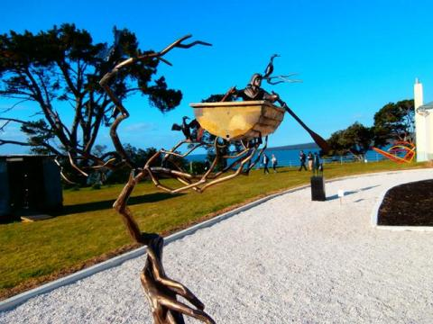 Campbell Maud, Rower (centre) and Gary Smith, Bounce (right), 2012, NZ Sculpture OnShore 2012; photo by Jude Gibson