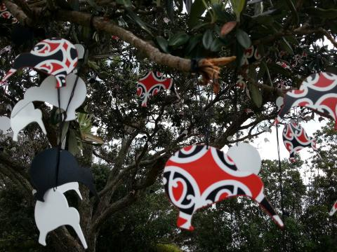 Donna Turtle Sarten, Black and White and Red All Over, 2012, NZ Sculpture OnShore 2012; photo by Rob Garrett