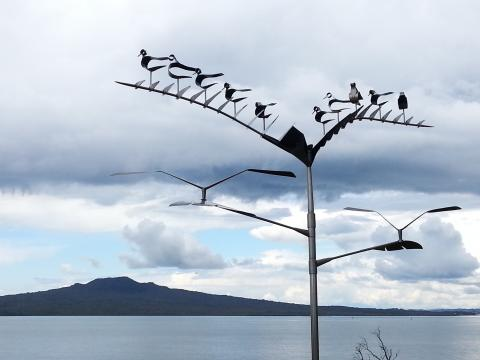 Doug Kennedy, Sitting Gulls (The Next Supper) 2012, NZ Sculpture OnShore 2012; photo by Rob Garrett