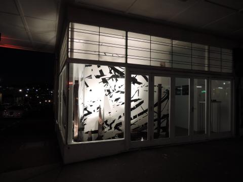 Glen Hutchins, No man's land, 2015; Corner window gallery; photo courtesy of the artist