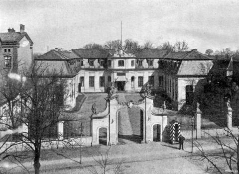 Long Gardens palace (Mniszech family, later Governors Palace), ca. 1900; photo by Römmler.