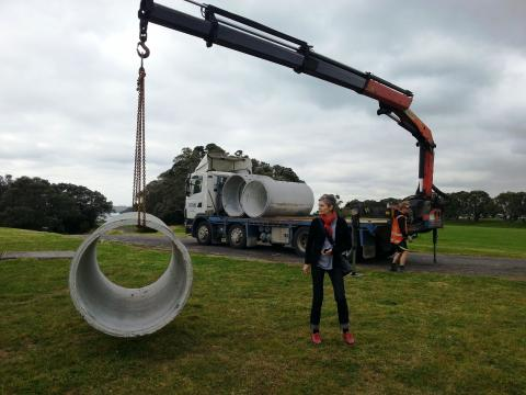 Miriam van Wezel installing her work, NZ Sculpture OnShore 2012; photo by Rob Garrett