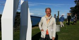 Rob Garrett onsite at NZ Sculpture OnShore 2014-11-05