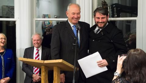 Steve Carr receives the Fulbright-Wallace Arts Trust Award from Don McKinnon, with Sir James wallace standing in the background (04 September 2012); photo by Sait Akkirman